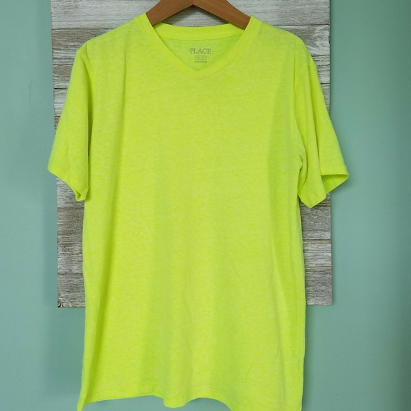 PLACE Highlighter Yellow Soft V-neck Tee
